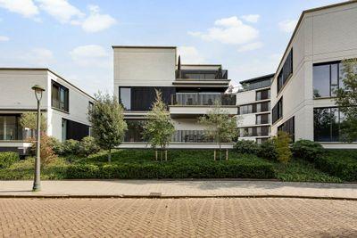 Alberdingk Thijmlaan, Alberdingk Thijmlaan 120, 5615EC, Eindhoven, Noord-Brabant