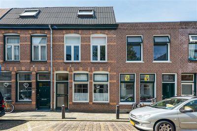 Van der Woudestraat 67, Alkmaar