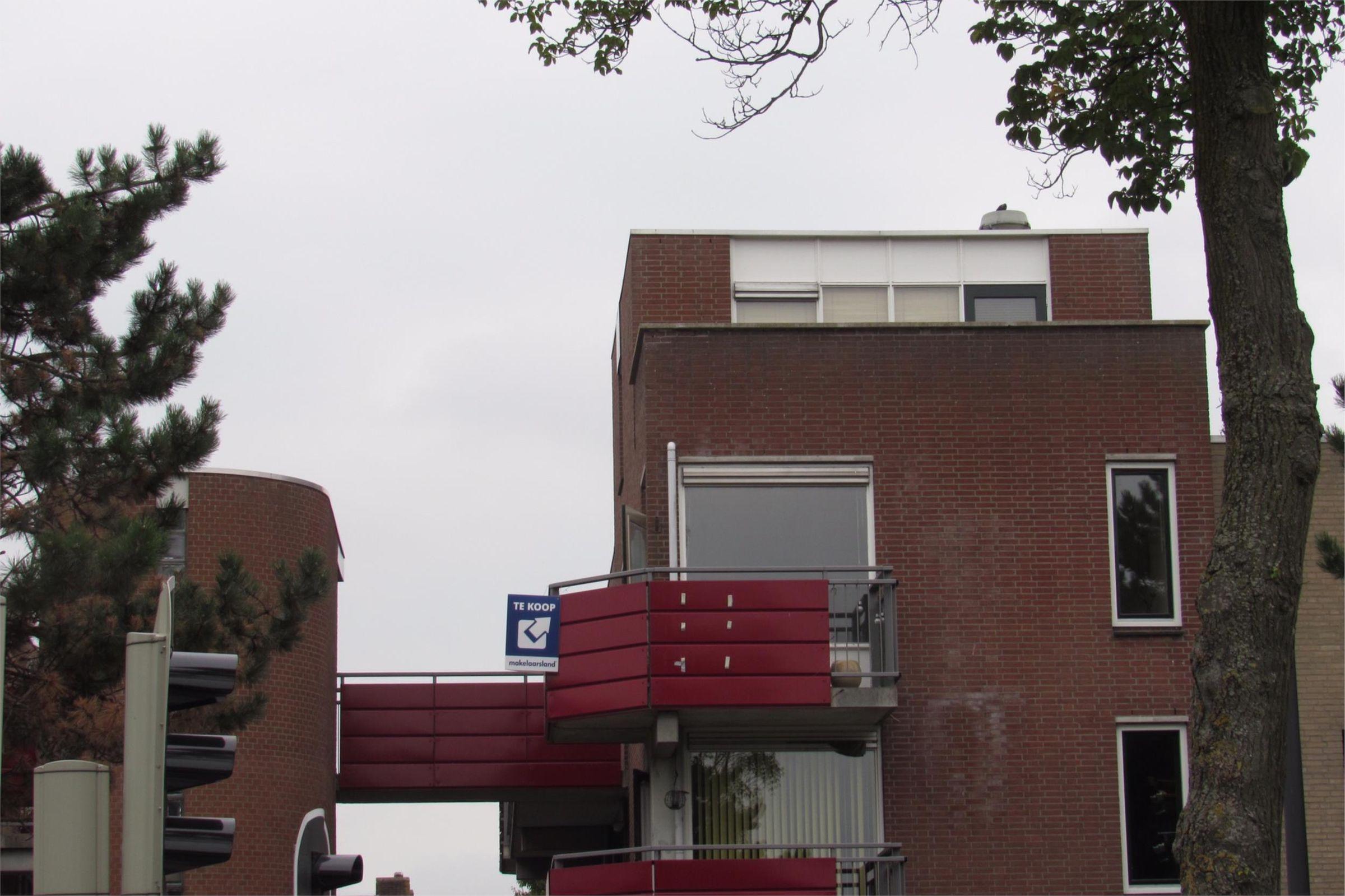 Boeier 37, Maassluis