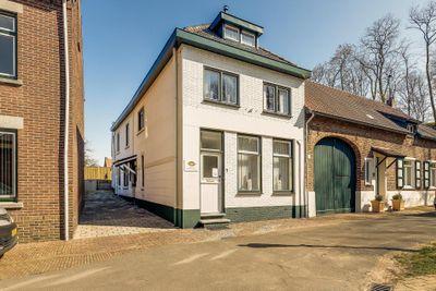 Brugstraat 7, Urmond