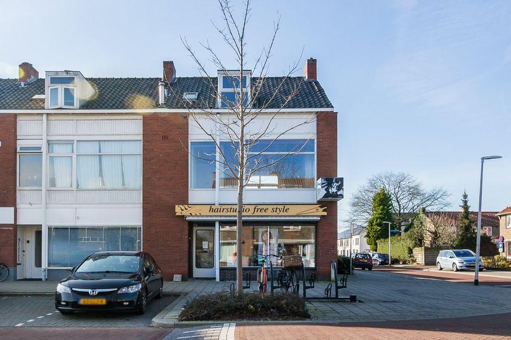 Karel Doormanlaan 42, Bussum