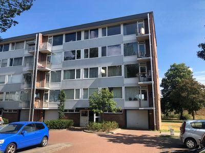 Godfried Schalkenstraat, Rosmalen