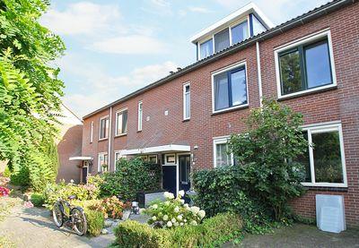 Melchior van Brielstraat 8, Diepenveen
