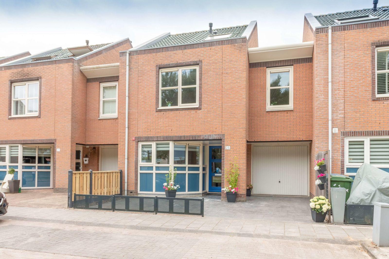Jacob van Maerlantstraat 25, Almere