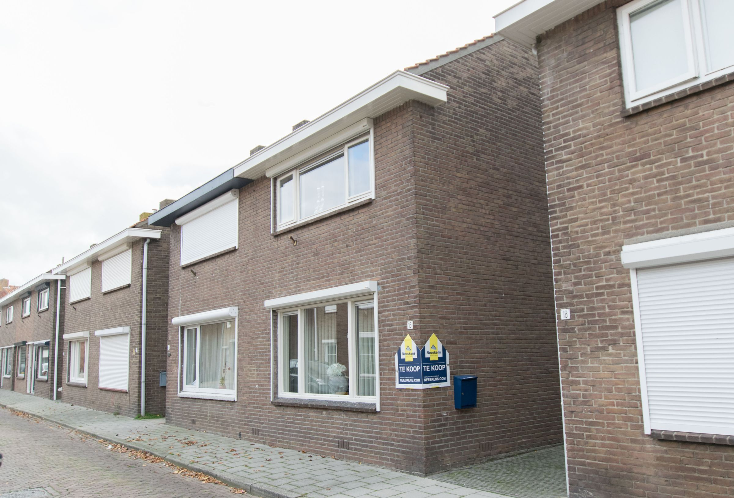 Van tienhovenstraat 16 koopwoning in yerseke zeeland for Starterswoning rotterdam