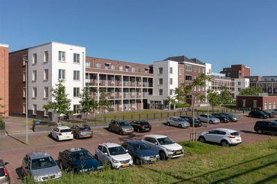 Hongarijehof, Almere