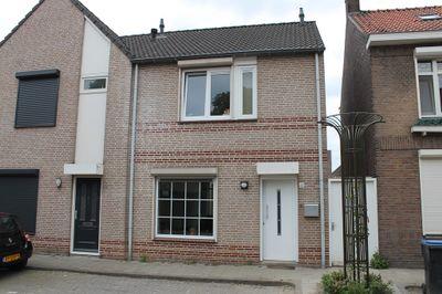Abraham Kuijperstraat 41, Tilburg