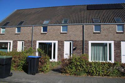 Wilhelminastraat 3, Nijeveen