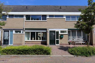Poststraat 10, Finsterwolde