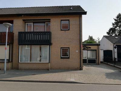 Maasbreesestraat 33, Venlo