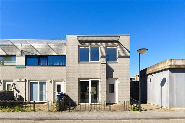 Kretastraat 87, Almere