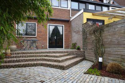 B. van Rooijenstraat, Naarden