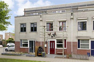 Lucebertpad 3, Arnhem
