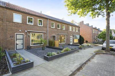 Sint Severinuslaan 63, Veldhoven