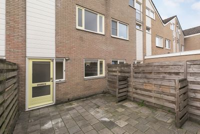 Zenegroen 120, Leeuwarden