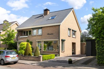 Van Riebeeckstraat 2, Barneveld