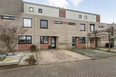 Meranti 136, Dordrecht