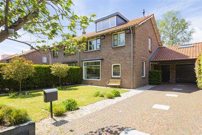 Oranjelaan 24, Harderwijk