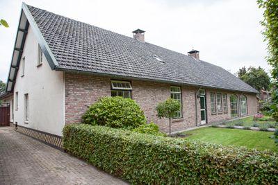 Hoeverstraat 8 A en 10, Westerhoven