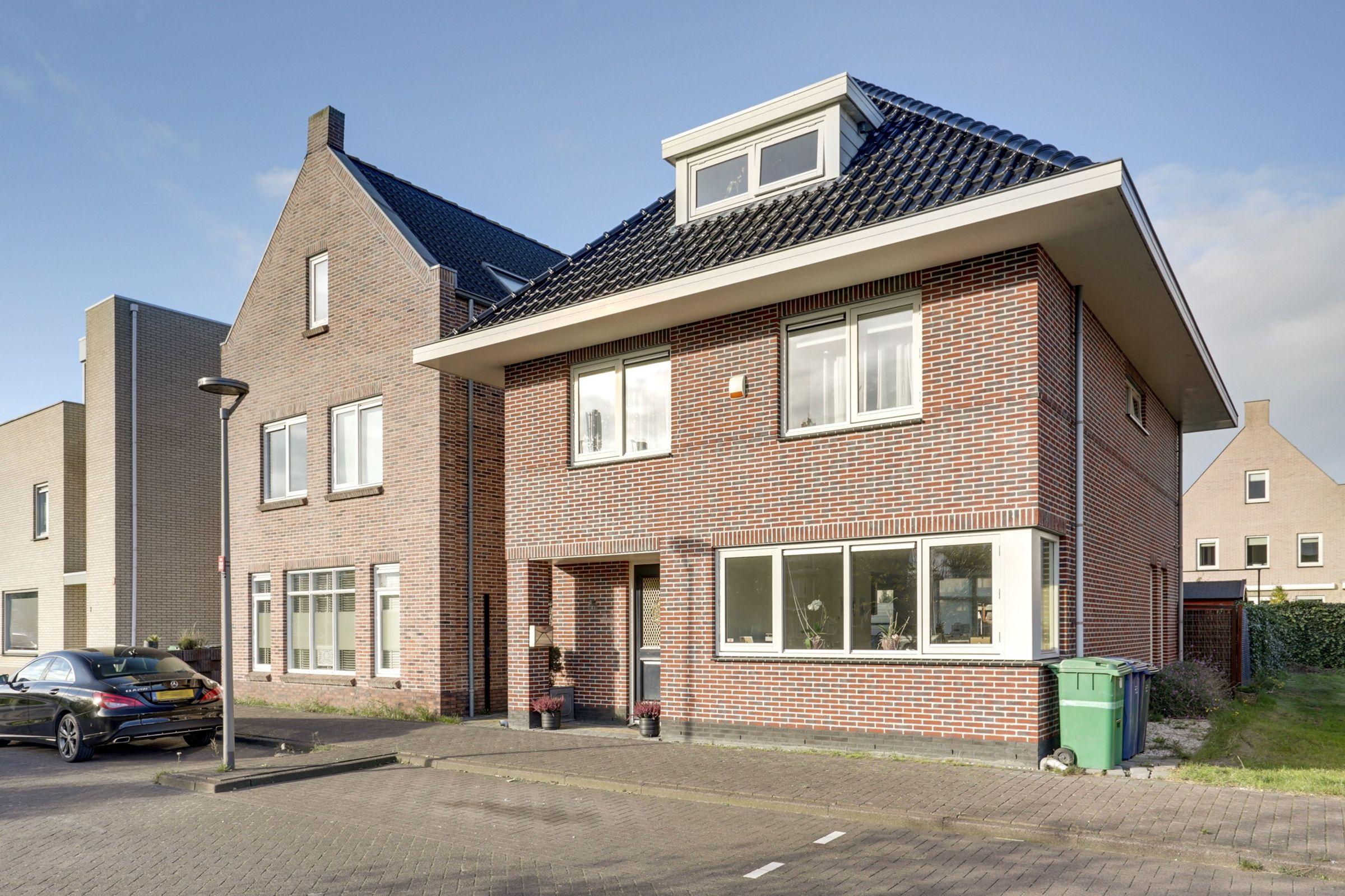 Jupitersingel 4, Almere