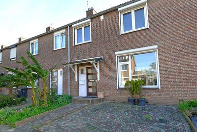 Pater Vaessenstraat 9, Hoensbroek