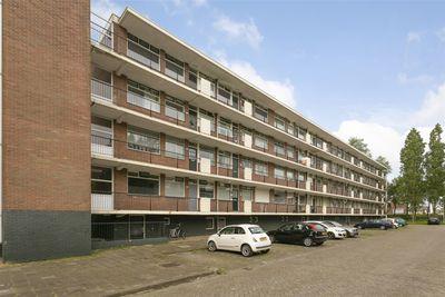 Staringlaan 236, Papendrecht