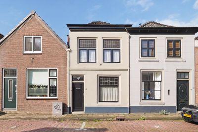 Karstraat 16, Zaltbommel