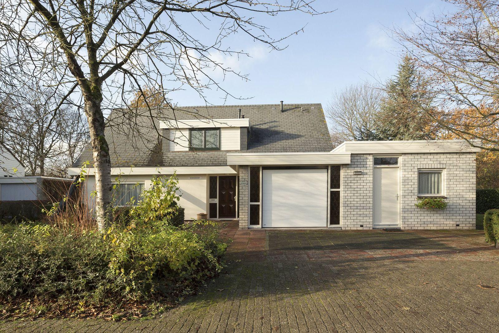 Boeier 04 77, Lelystad