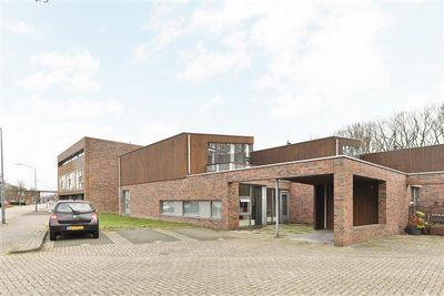 Markkant 75, Oosterhout