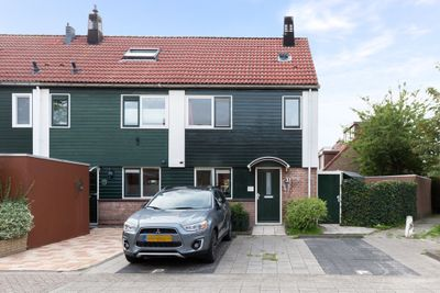 Pauwenveld 37, Zoetermeer