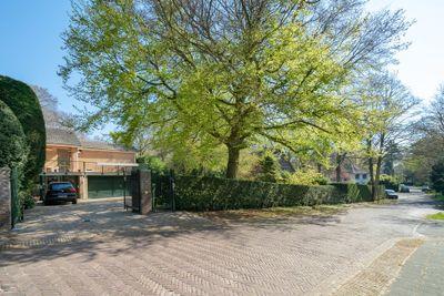 Laan van Rhemen van Rhemenshuizen 12, Wassenaar