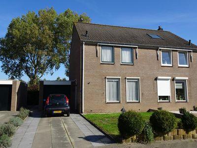 Meeuwenlaan 21, Nieuwerkerk