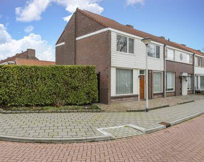 Utrechtstraat 1, Deurne