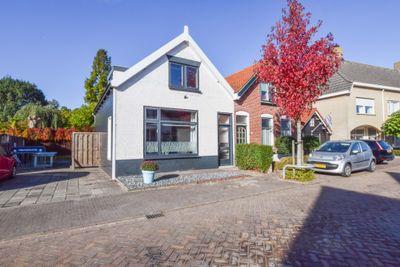 Oranjeboomstraat 19, Wemeldinge