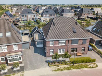 Essenlaan 106, Dirksland