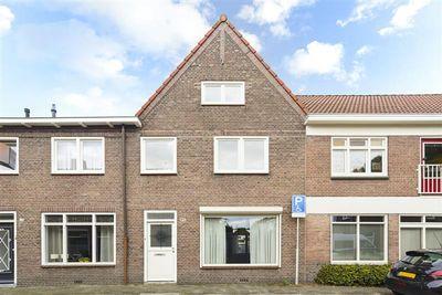 Esdoornstraat 17, Tilburg