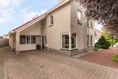 Schemperserf 74, Staphorst