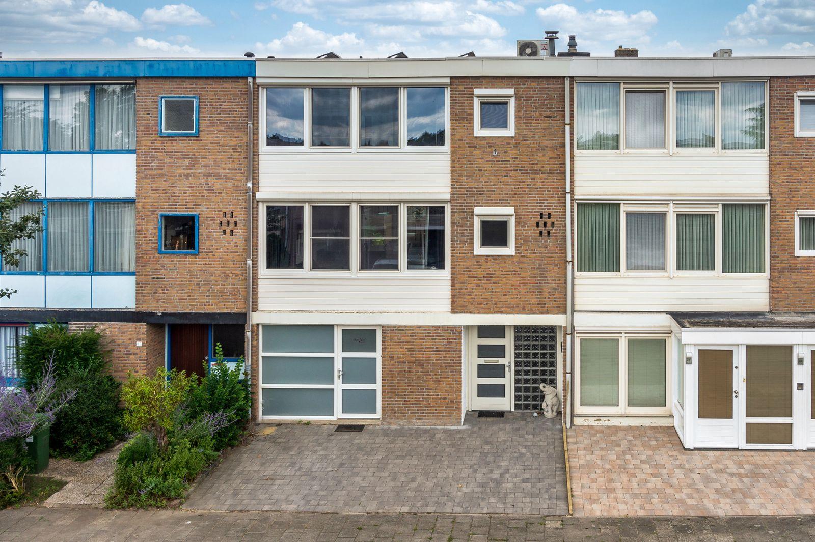 Bisschop Lindanusstraat 45, Venlo