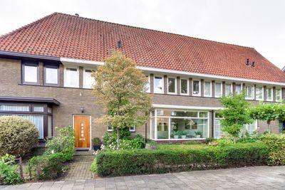Hermelijnlaan 1, Hilversum