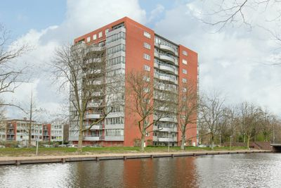 Cornelis van Rijplantsoen 15, Amsterdam