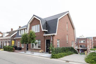 Westeind 50, Papendrecht
