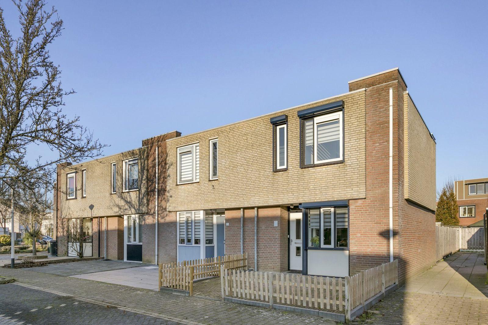 Klaproosberg 17, Roosendaal