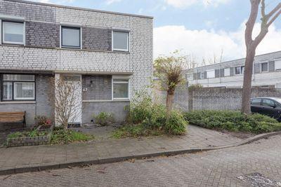 Plantagobeemd 67, Maastricht