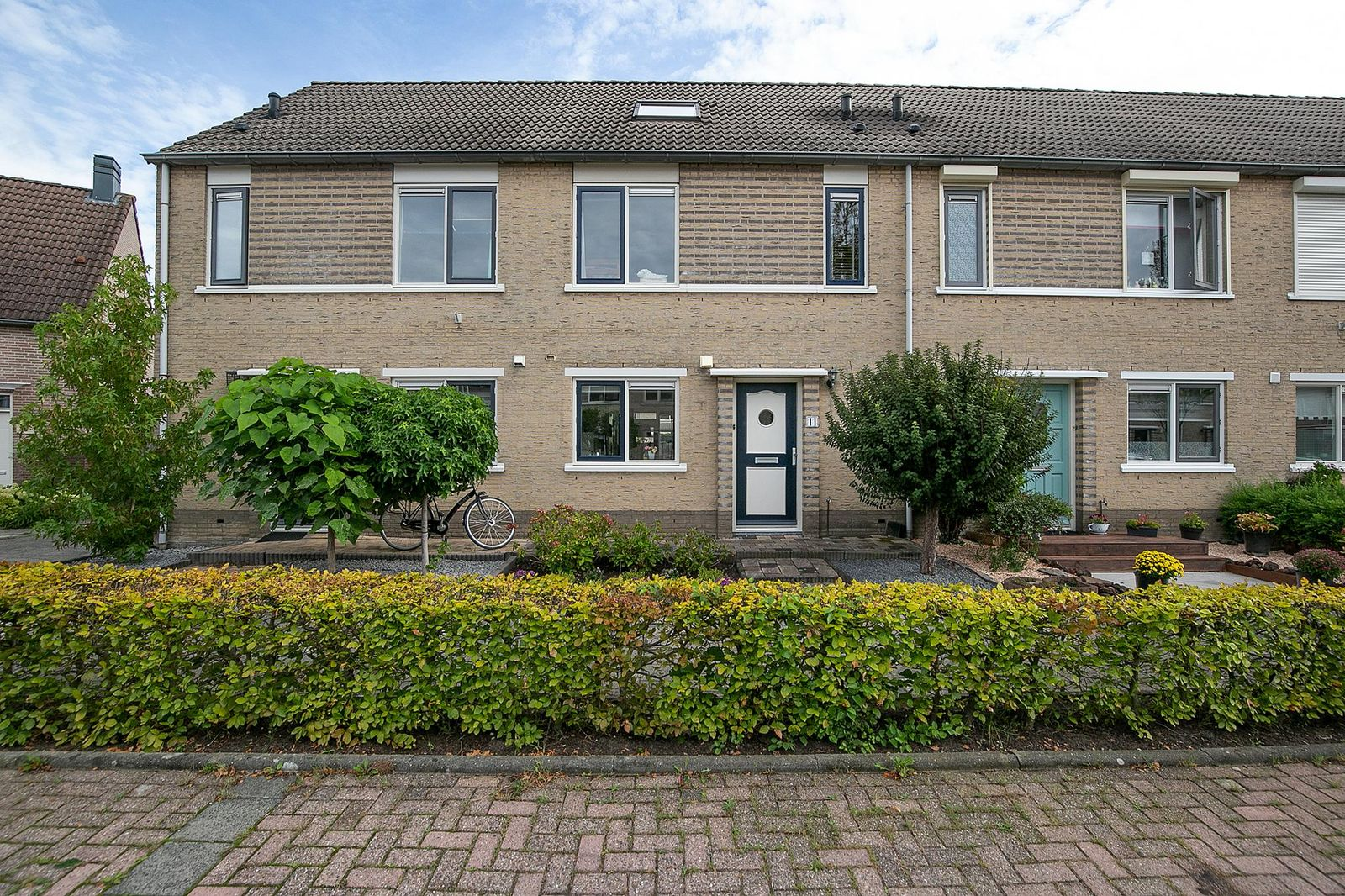 Maria van Osstraat 11, Hendrik-ido-ambacht