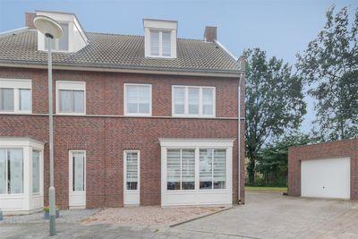 Zwartemolenhof 11, Posterholt