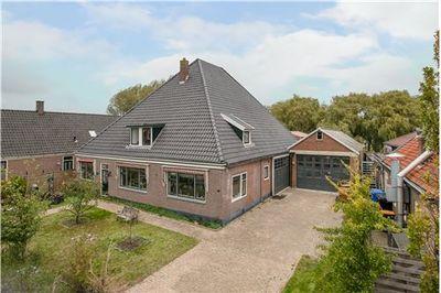 Dorpsstraat 828-830, Oudkarspel