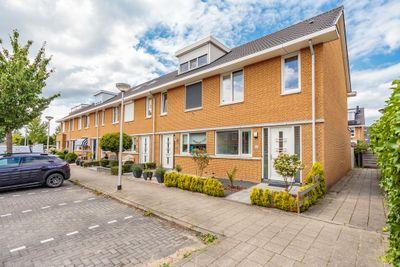 Seinhuiswei 13, Barendrecht