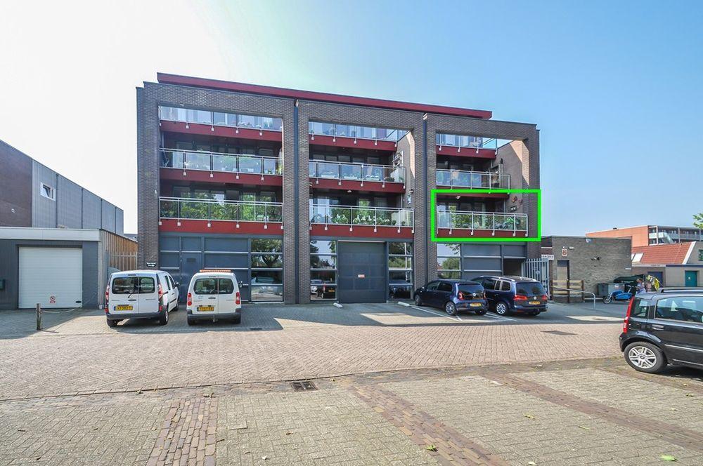 Schutstraat 3213, Hoogeveen