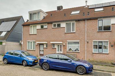 Frederik Van Eedenstraat 11, Papendrecht