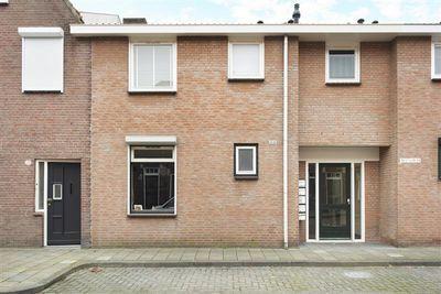 Bisschop Masiusstraat 3801, Tilburg